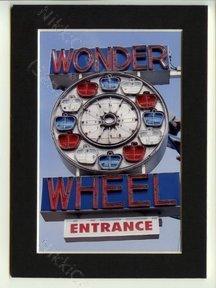 Wonder Wheel Signage